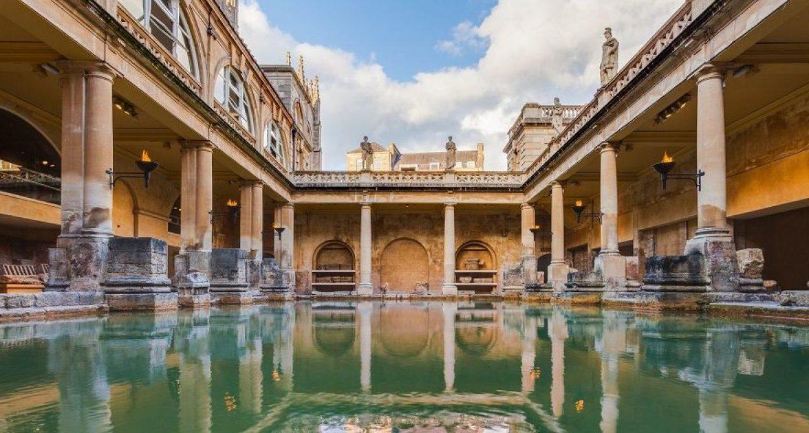 les-thermes-romains-de-bath-20608-1200-630.jpg